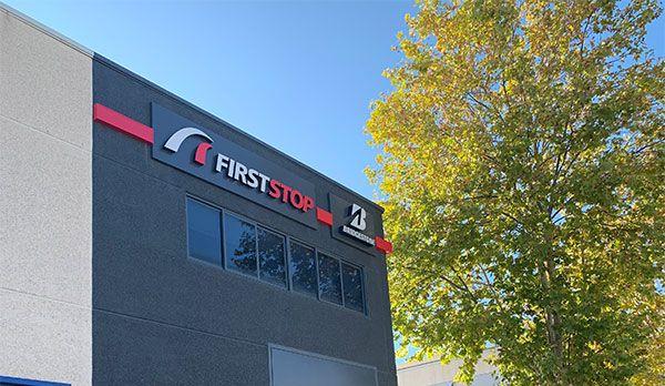 rotulo corporeo FirstStop