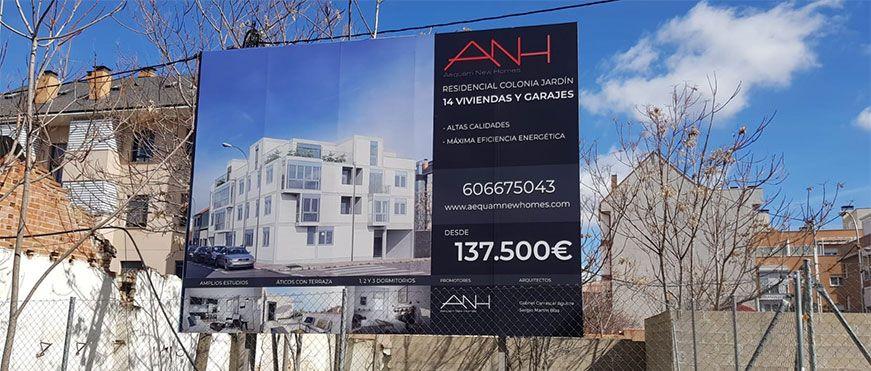 rotulación valla promoción de viviendas
